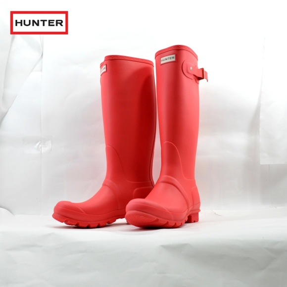 Hunter Shoes - Hunter Original Tall Rain Boots in Coral (NWT)
